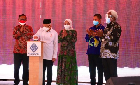Wapres KH.Ma'ruf Amin Resmikan Pembangunan BLK Komunitas di Papua dan Papua Barat